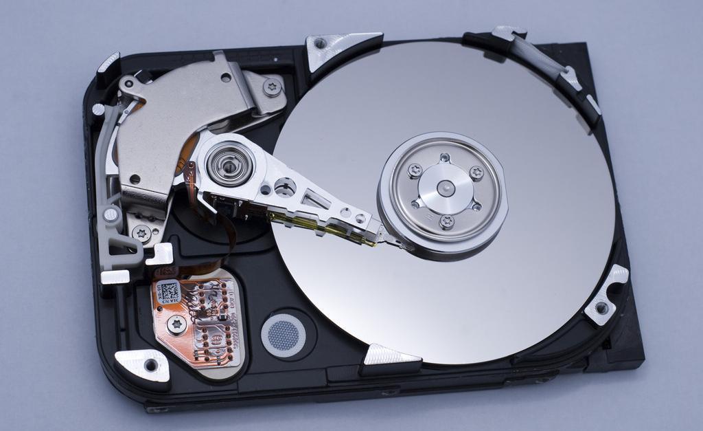 激光焊锡在硬盘生产中的应用
